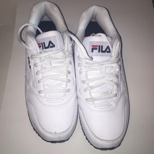 Men's Fila low rise. Size 10. White with red
